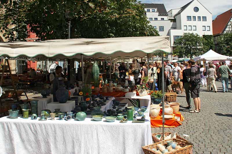 toepfermarkt-in-jena-auf-historischem-markt
